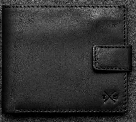 Tudor Classic Wallet in black Leather