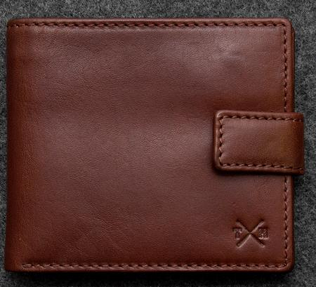 Tudor Classic Wallet in brown Leather